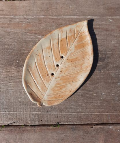 Mydelniczka ceramiczna, liść, łazienka, ręcznie, prezent - Artiszok